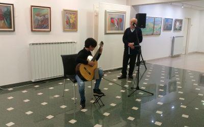 Izvenšolski nastop učenca kitare Tevža Sirnika